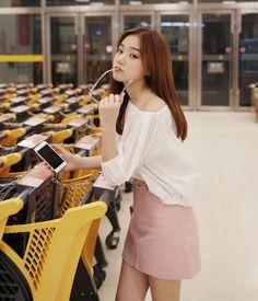 Dress Up Confidence! 66girls.us Basic A-Line Skirt (DHTF) #66girls #kstyle #kfashion #koreanfashion #girlsfashion #teenagegirls #younggirlsfashion #fashionablegirls #dailyoutfit #trendylook #globalshopping