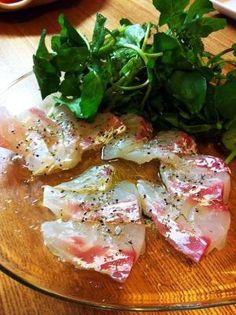 「鯛のカルパッチョ♪」白ワインに良くあいますよ!葉物を添えて、サラダ感覚でさっぱりいただけます。【楽天レシピ】