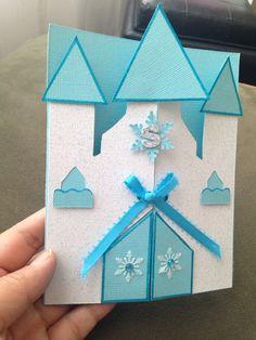 Preciosa invitación para una fiesta temática inspirada en la película de Disney Frozen Frozen Themed Birthday Party, Elsa Birthday, Girl Birthday Cards, Frozen Invitations, Birthday Invitations, Wedding Invitations, Frozen Cards, Kids Cards, Creative Cards