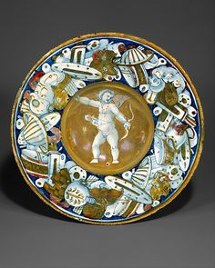 #Maiolica  --  Dish (tondino)  --  Circa 1530  --  Gubbio  --  The Metropolitan Museum of Art