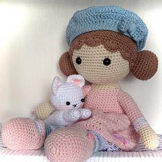 "87 Likes, 3 Comments - Ateliê MariaRê (@atelie.mariare) on Instagram: ""#MariaRê #amigurumi #crochê #crochet #boneca #doll #gatinho #kitty #feitoàmão #handmade"""