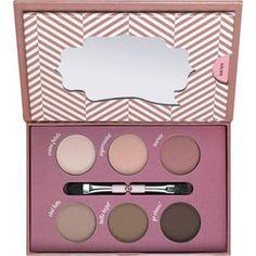 how to make matt eyes make-up box 03 - essence cosmetics