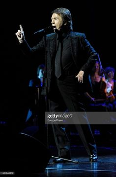 Raphael performs during his concert on July 22, 2015 in Madrid, Spain.