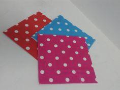 Servilletas de papel en colores surtidos de puntos. #FiestasTemticasArmenia #ProductosParaPinateriasCali