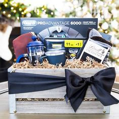 Use these well-stocked DIY Father's Day gift baskets as a starting point to create a customized, DIY present Dad will love. These gift baskets for men are the perfect way to surprise him this year. Diy Father's Day Gift Baskets, Fathers Day Gift Basket, Boyfriend Gift Basket, Themed Gift Baskets, Raffle Baskets, Boyfriend Gifts, Diy Father's Day Presents, Diy Father's Day Gifts, Fathers Day Presents