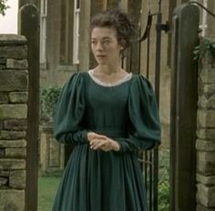 Molly's Green Day Dress  Elizabeth Gaskells's Wives and Daughters by BBC (1999) with Justine Waddell