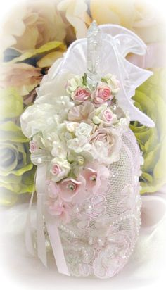 Image 3 of Regency Elegance Pink Beaded Heart Potion Bottle