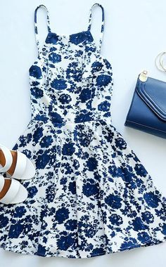 You are sure to be a head-turner in the In Living Splendor Ivory and Navy Blue Floral Print Dress! Floral print dress with a high, squared off neckline and a full, skater skirt. Pretty Outfits, Pretty Dresses, Beautiful Dresses, Flower Dresses, Casual Dresses, Casual Outfits, Summer Dresses, Casual Wear, Dress Outfits