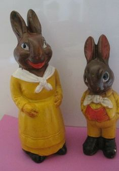 1//2 Half Inch S Dollhouse Miniature  Chocolate Easter Bunny Candy box