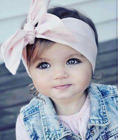Unique Baby Names, cute girl names and cool boy names with name meanings. Popular baby names and name origin. So Cute Baby, Baby Kind, Cute Kids, Cute Babies, Cool Baby, Precious Children, Beautiful Children, Beautiful Babies, Beautiful Eyes