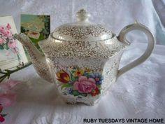 SADLER VINTAGE TEA POT AT £29.99