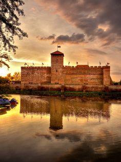 Fabled castle (Gyula, Hungary) by Repiský Máté, via Flickr