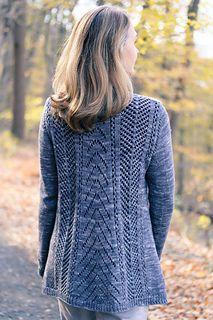 Ravelry: Avix pattern by Jennifer Dassau Sweater Knitting Patterns, Cardigan Pattern, Knitting Designs, Knit Patterns, Hand Knitting, Knitted Coat, How To Start Knitting, Hand Dyed Yarn, Cardigans For Women