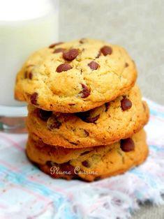 Cookies aux pépites de chocolat - Une Plume dans la Cuisine Cookies Et Biscuits, Parfait, Muffins, Brunch, Menu, Healthy Recipes, Healthy Food, Baking, Biscuits Faciles