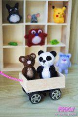 Vamos de paseo!! (Gabriieliitaaa) Tags: bear alpaca monster cat pig panda dolls dino felting lion dal felt needle totoro pikachu pullip blythe