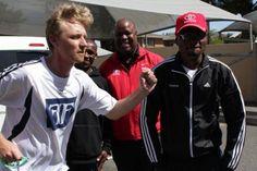 Craig Fry what are you doing here? With Lucas (Chairman of ToyotaSA Athletics Club) Stephen Muzhingi and Kip (Kenya) Marathons, Athletics, Kenya, Fries, That Look, Club, Sports, Hs Sports, Sport