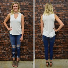 This simple, white choker top is a must have! - $27 #springfashion #spring  #fashionista #shoplocal #aldm #apricotlaneboutique #apricotlanedesmoines #shopaldm #desmoines #valleywestmall #fashion #apricotlane #newarrival  #shopalb  #ootd #westdesmoines  #shopapricotlaneboutiquedesmoines #ontrend