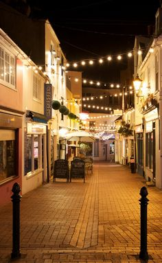 Brighton Lanes at night....
