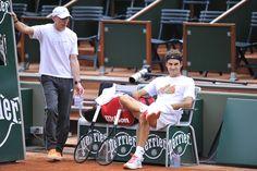 """Pierre Paganini: """"Federer a la capacité physique pour jouer encore plusieurs années""""   http://www.rts.ch/sport/tennis/cent-pour-cent-federer/6452556-pierre-paganini-federer-a-la-capacite-physique-pour-jouer-encore-plusieurs-annees.html  https://twitter.com/LuciLuci_RF/status/344813406005653504 https://www.instagram.com/p/_hai9WHekl/?taken-by=victorestrellaburgos https://www.instagram.com/p/_CPCLQnesT/?taken-by=victorestrellaburgos"""