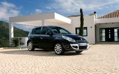New Scenic 3 in Pretty House Renault Scenic, Car, House, Pretty, Automobile, Haus, Homes, Autos, Cars