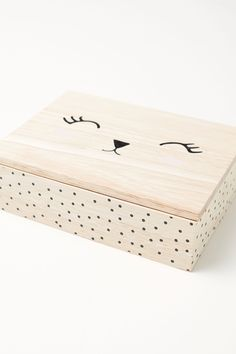 Wooden jewelry box with a painted design. Mirror on inside of lid. One large and two small compartments. Size of box 2 x 6 x 8 in. Size of large compart Painted Wooden Boxes, Small Wooden Boxes, Painted Jewelry Boxes, Wood Boxes, Wooden Crafts, Wooden Diy, Kids Jewelry Box, Diy Jewelry, Jewellery Box