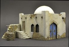 Home page Master Model Maker. It contains a slide show of various projects, an introduction by Roy Schurgers and new masters for diorama or vignette building. Christmas Nativity Scene, Christmas Villages, Christmas Crafts, Diorama Militar, Model Maker, Wargaming Terrain, Free To Use Images, Ceramic Houses, Fantasy Miniatures
