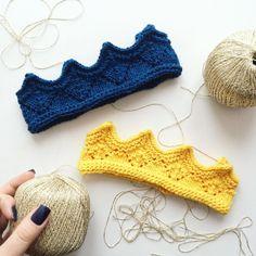 Синяя с люрексом и желтенькая. # Ну, куда ж без ногтей  между прочим, #синий #самыйкрасивыйцвет  #вязажист #вязажист #вязанаякорона #вяжутнетолькобабушки #вязаниеспицами #стеллажикдолженопустеть #сосисонки #пряжа #knitting #knitwear #knittedhat #knittedcrown #knittersofinstagram #loveknitting #iloveknitting #knittedcrown #knittedhat #yellow #blue #winteriscoming #crown #коронаручнойработы