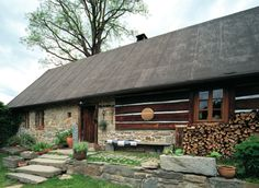 cottage Small Log Cabin, Weekend House, Wood Design, Traditional House, Old Houses, Future House, Architecture Design, Sweet Home, Farmhouse