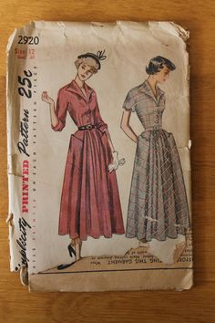 Vintage button down dress sewing pattern. Simplicity 2920 by misscedar, $14.00 [pockets]