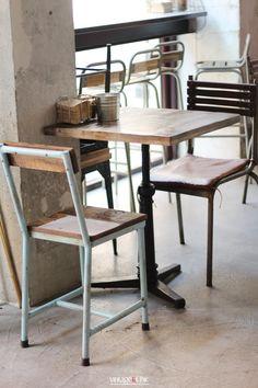Estilo industrial y alimentos naturales. El Coco Raw Green Bar. Gijón · Industrial style and so much more