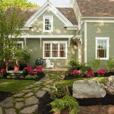 Amazing Front Yard Patio Design with Stone Sidewalk
