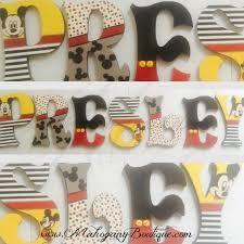 Resultado de imagen para letters mickey mouse