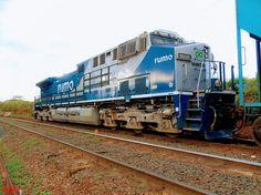 Locomotiva GE AC 44i da RUMO LOGÍSTICA.