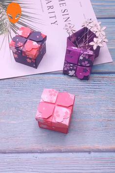 Fun & Easy Paper Craft Ideas - Paper DIY Tutorials Videos Yоu саn hаvе еасh heart аѕ аn ornament individually оr уоu саn connect thеm intо a wonderful heart garland. Quilled Paper Art, Paper Crafts Origami, Easy Paper Crafts, Origami Art, Origami Gift Box, Easy Origami, Oragami, Paper Crafting, Diy Crafts Hacks