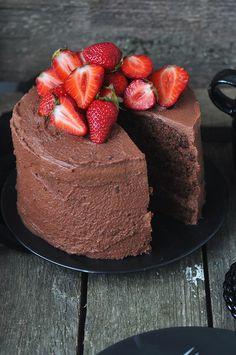 Chocolate Mascarpone Cream Cake Topped with Fresh Strawberries