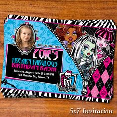 We show you how to host a super creepy Monster High party at home. Cumple Monster High, Monster High Birthday, Monster High Party, Fall Birthday Parties, 8th Birthday, Printable Invitations, Party Printables, Monster High Invitations, Brisbane Kids