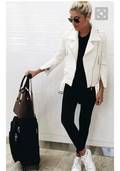 Black And White Travel and Sporty Outfit Idea Source Love the simple white leather jacket! White Jacket Outfit, Biker Jacket Outfit, Leather Jacket Outfits, Sporty Outfits, Simple Outfits, Cute Casual Outfits, Stylish Outfits, Fashion Mode, Fashion Outfits