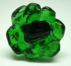 vidro verde transparente   Base metal n 19  3 cm    MAIS ANÉIS DE VIDRO EM:   http://www.elo7.com.br/glassbijoux/  .  . R$32,00