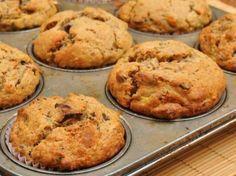 Muffins de banano y avena ideal para corredores de larga distancia. Sin gluten, sin azúcar, sin lactosa. La avena es fuente de hidratos de carbono c.