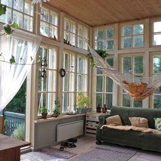 hammock in sunroom - I like!