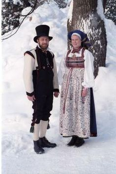 Norges mest populære bunader | BA Folk Costume, Costumes, Festival Wear, Folklore, Norway, Vikings, Families, Boards, Faces