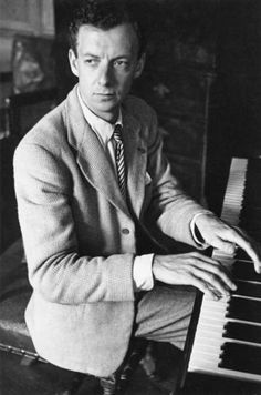 Benjamin Britten, a central figure in 20th century classical music, was a Steinway Artist!