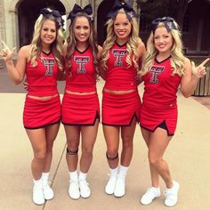 See more Texas Tech cheerleaders HERE If you're looking for hairstyles that could make you Cheerleading Photos, College Cheerleading, Football Cheerleaders, Dolphins Cheerleaders, Girly Games, Cheer Picture Poses, High School Cheer, Sport Hair, Sporty Hairstyles