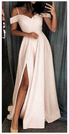 Pagent Dresses, Straps Prom Dresses, Pretty Prom Dresses, Ball Dresses, Cute Dresses, Ball Gowns, Simple Dresses, Long Prom Dresses, Dresses Dresses