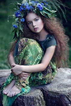 Best flowers in hair boho outfit Ideas