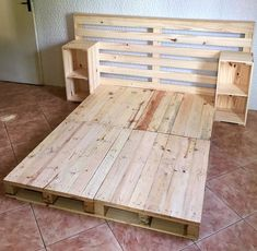 Here you are currently viewing the result of 10 DIY Pallet Furniture Ideas. You can be see here the ideas of 10 DIY Pallet Furniture. 10 DIY Pallet Furniture Ideas are so interesting. You can be use the DIY Pallet Furniture Ideas in creating somethin Wooden Pallet Beds, Diy Pallet Bed, Wooden Pallet Projects, Pallet Bed Frames, Diy Bed Frame, Pallet Ideas, Pallet Benches, Pallet Tables, Pallet Bar