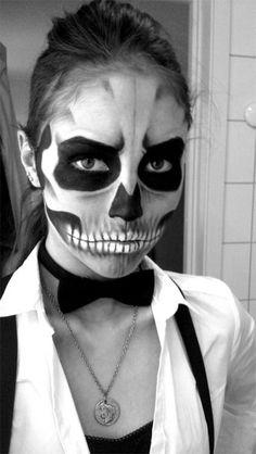 15-Scariest-Halloween-Skull-Makeup-Looks-Ideas-2015-4
