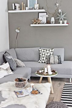grey living room (+ Christmas decor) | modern / scandinavian home
