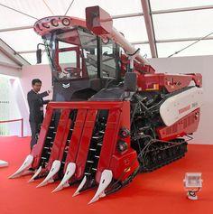 【ヤンマー】最新トラクターがまるでスポーツカー 名車フェラーリを手がけた奥山清行氏がデザイン