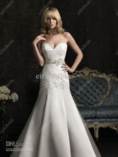 2013 Latest Fit and Flare Wedding Dress Sweetheart Neckline Long Train Satin Applique Bridal Dress
